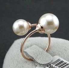 Кольцо в стиле Dior Pearl с белым жемчугом