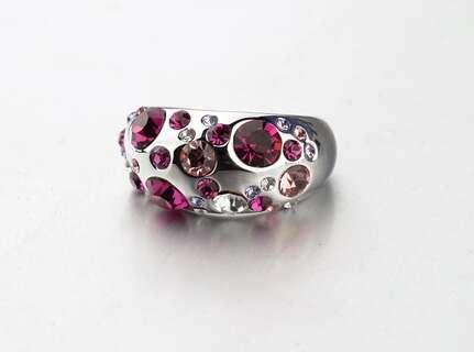 Кольцо с россыпью розовых кристаллов Swarovski