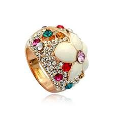Широкое кольцо с разноцветными камнями Swarovski