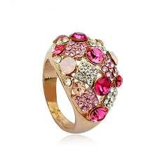Крупное кольцо с розовыми Swarovski