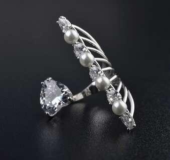 Открытое кольцо Dior с жемчугом и Сваровски