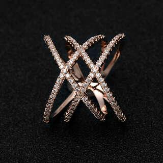 Высокое позолоченное кольцо плетение
