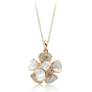 Кулон цветок с белой эмалью и камнями Swarovski