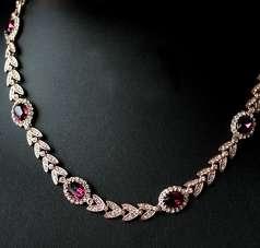 Шикарное ожерелье с аметистовыми Swarovski