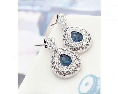 Серьги капли с синими камнями Сваровски