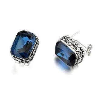 Серьги с крупными синими камнями Swarovski