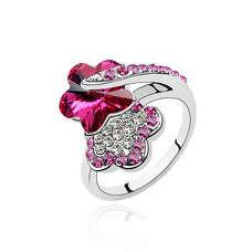 Кольцо Цветок с малиновыми камнями Сваровски