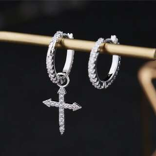 Сережки асиметрія з хрестом